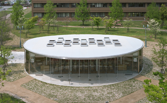 広島大学(東広島)福利施設(オープンカフェ)