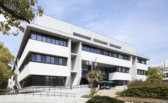 名古屋大学 附属図書館